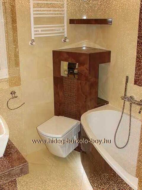 ae451122a4fd A szokványos megoldásoktól eltérően, hogy a wc ne foglaljon jelentős  helyet, a fürdőszoba bejáratával szemközti sarokba beforgatva helyeztük azt  el.