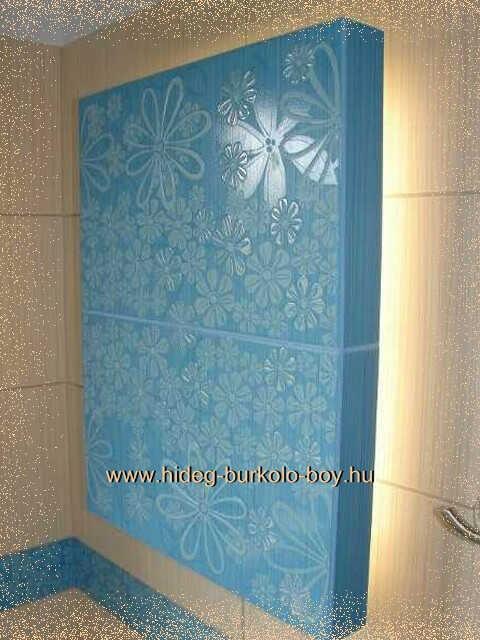 Kék és bézs csempés fürdőszoba!