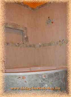 Fürdőszoba terméskő burkolattal