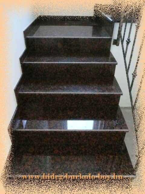 Lépcső gránit burkoló lapokkal