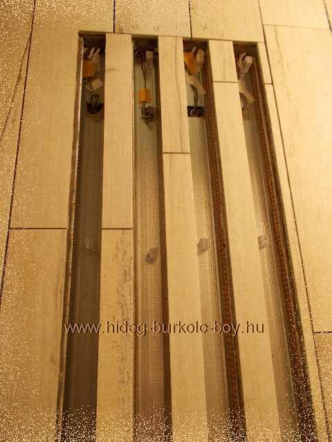 zuhanyzó világító mozaik lapokkal